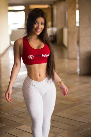 sexy latina girl fit