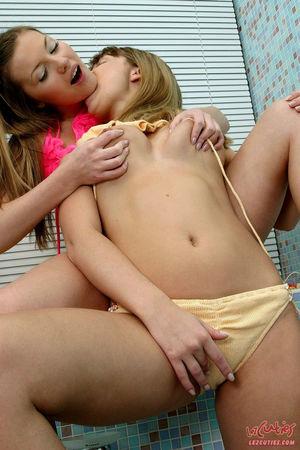 lesbian huge toys