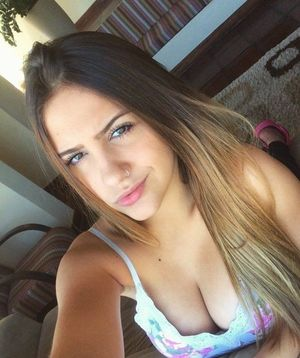brunette teen big boobs