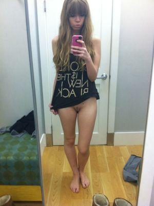 sexy pussy selfie