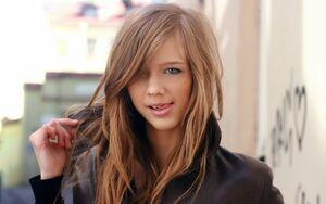 beautiful teen babe