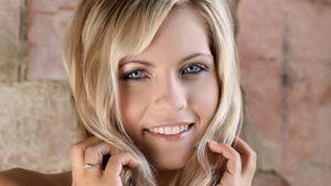 beautiful blonde teen