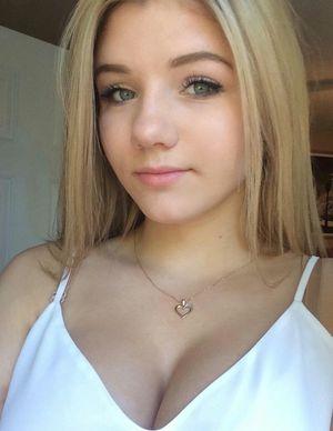 american teen boob