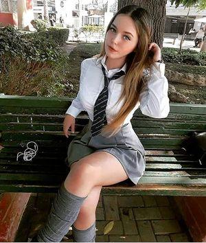 amateur schoolgirl