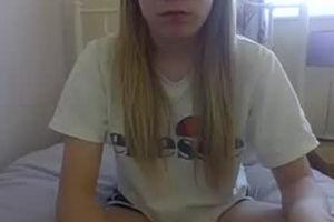 blonde teen webcam