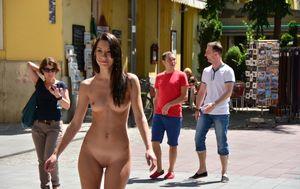 puplic nudist
