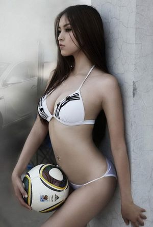 sexy soccer player girl