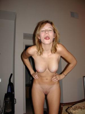 hot nude girlfriend