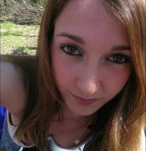 amateur brunette teen