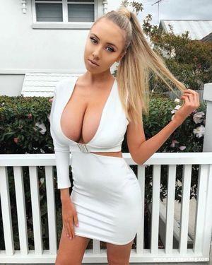 beautiful mature boobs