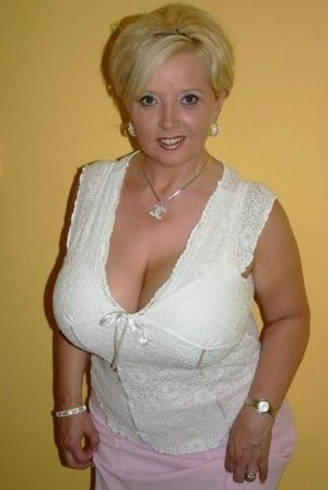beautiful mature women