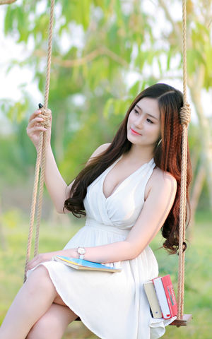 beautiful asian girls picture