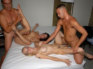 amature swinger party