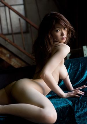beautiful naked asian girls
