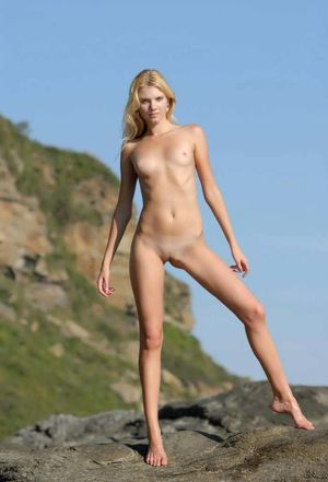 skinny naked women