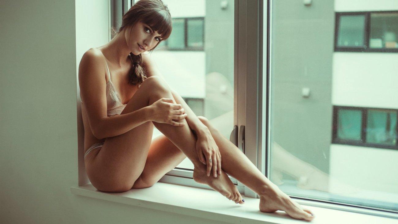 Semi Nude Girl Models