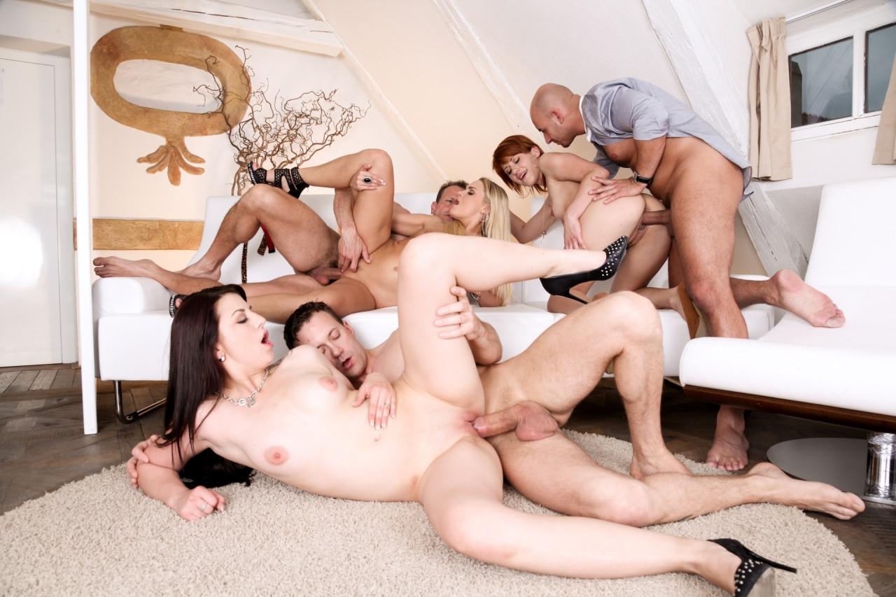 Evde sex sorgusuna uygun resimleri bedava indir